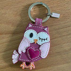 Rare COACH Winking OWL Key Fob NWOT Love Heart